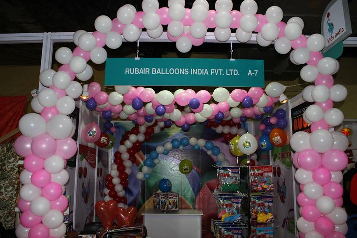 Balloon products and kit at best price in mumbai for for Balloon decoration in mumbai