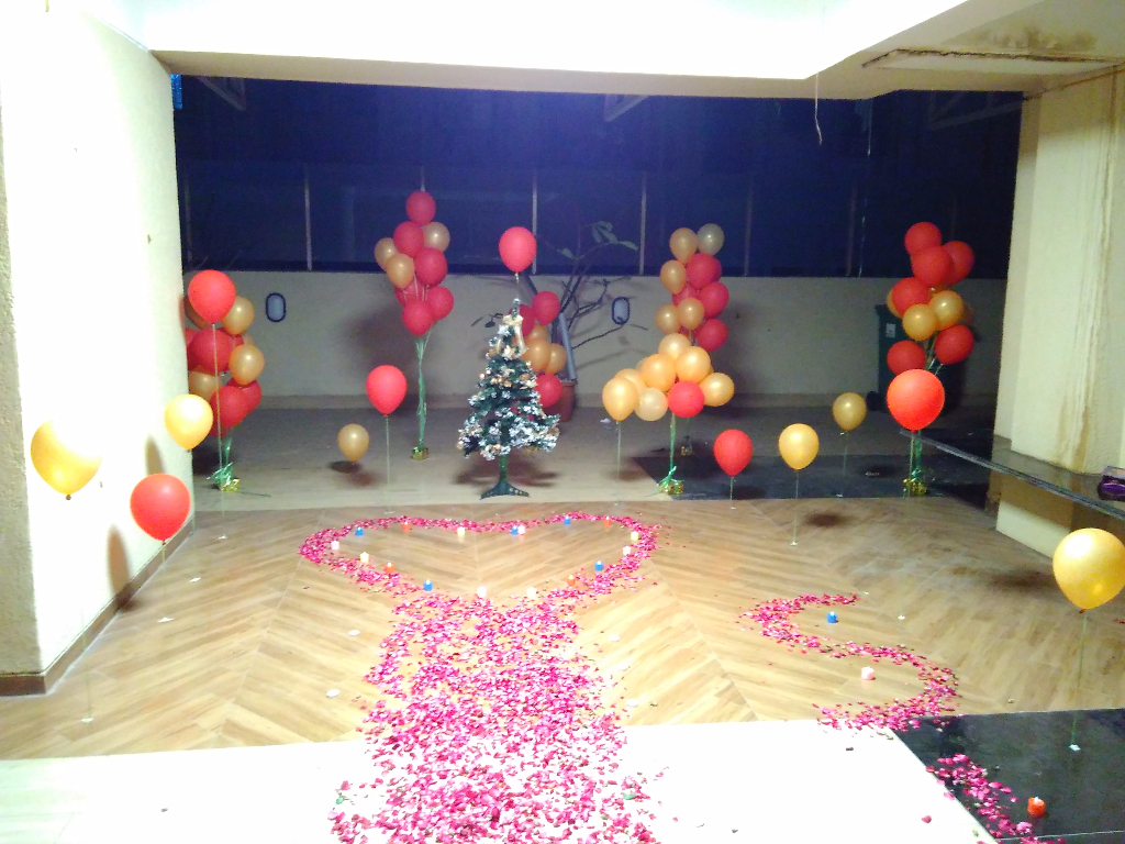 Balloon images balloon decorators party balloon decoration for Balloon decoration company
