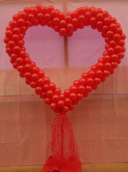 Heart shape balloon mumbai balloon decorations for Heart decorations for the home